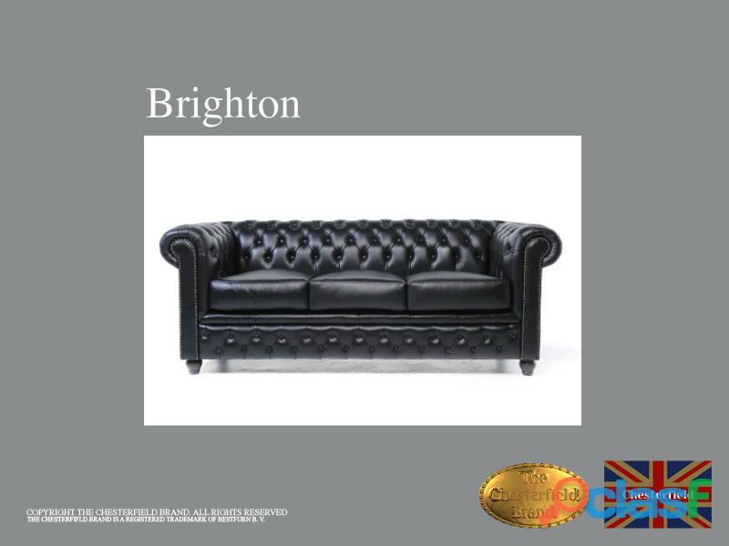 Sofá Chesterfield Brand de 3 lugares Preto modelo Brighton em pele.