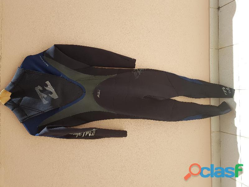 Fato de surf billabong airlite g3 superflex tamanho m. como novo!