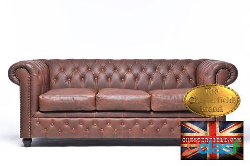 Sofá chesterfield brand de 3 lugares em pele castanho vintage