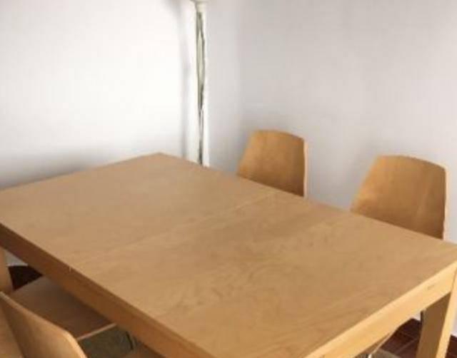 Ikea - mesa extensível bjursta e 4 cadeiras