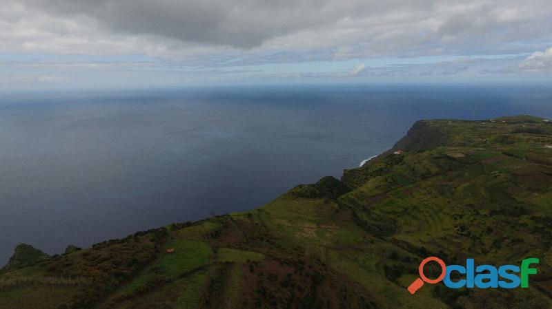 Terreno de 22918 m2 na Ponta do Pargo C0216 2089