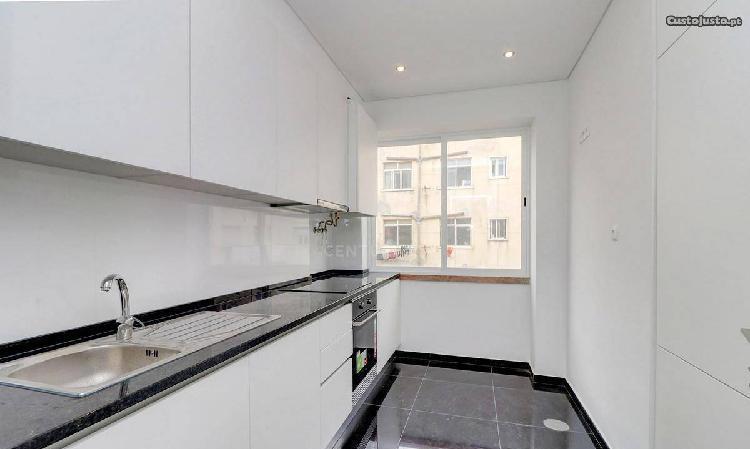 Apartamento t2 70,00 m2