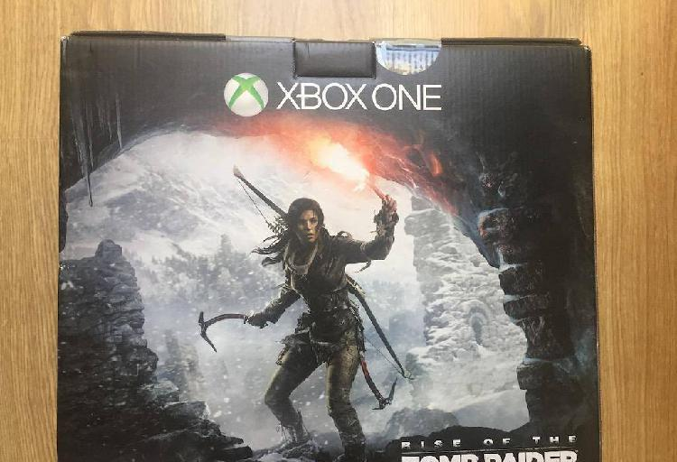 Xbox one 1tb + jogos