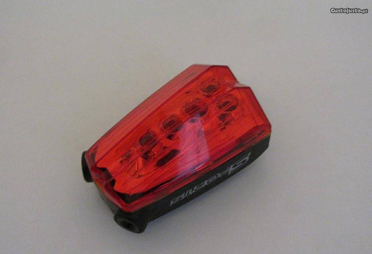 Luz traseira 5 led + laser