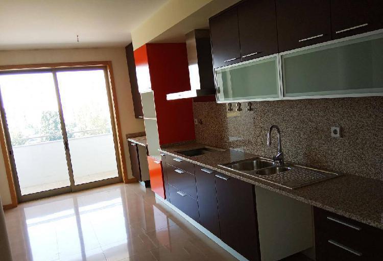 Apartamento t3 - braga, s. vicente