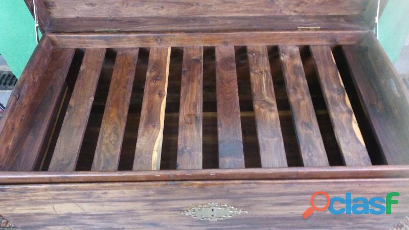 Arca em Madeira Sândalo 4