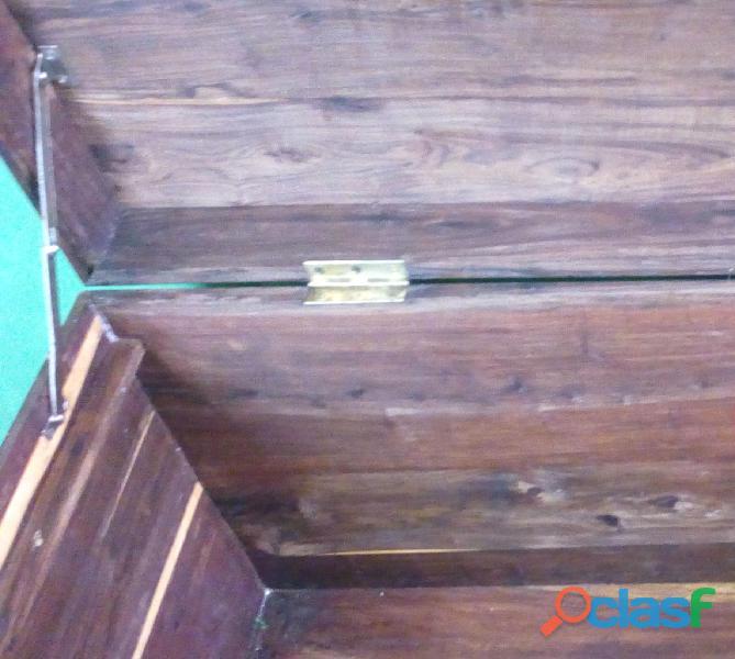 Arca em Madeira Sândalo 5