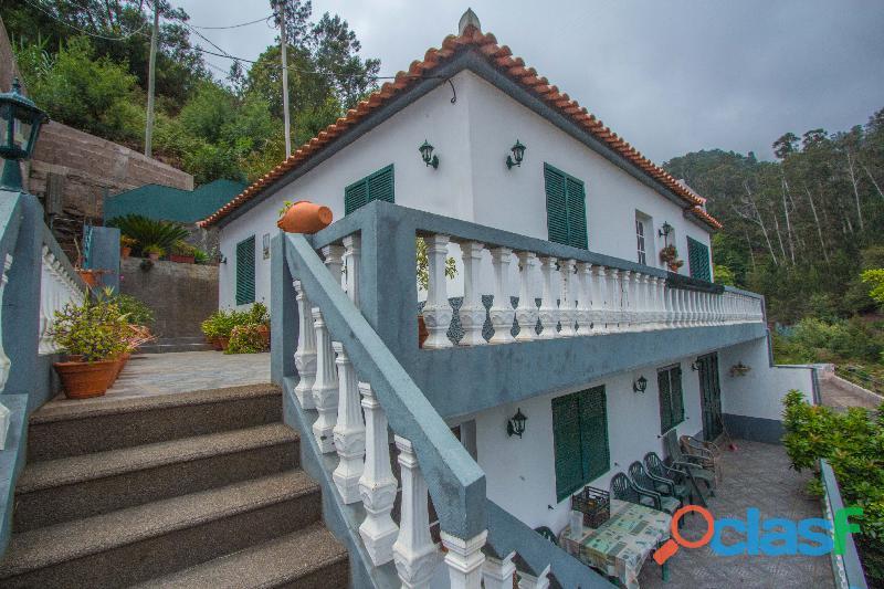 Moradia V4 Santo António 2102