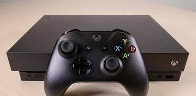 Xbox one x - 1tb - c/ garantia - como nova + jogos
