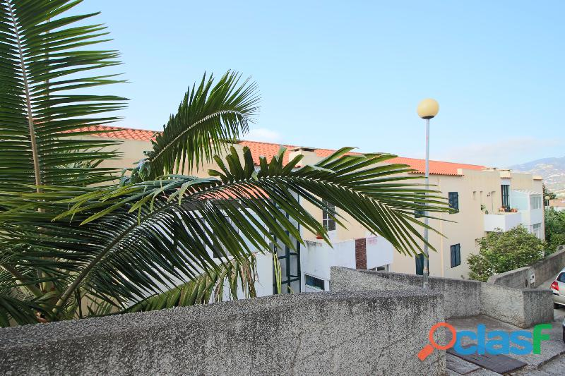Apartamento T2 em Santo Amaro 2123