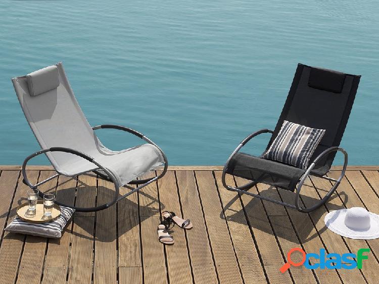 Cadeira de jardim – balanço – cinza – campo