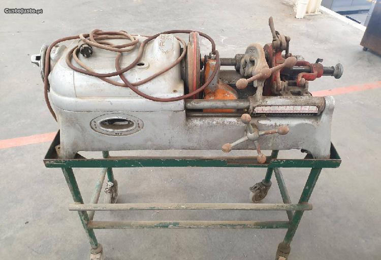 Máquina de roscas