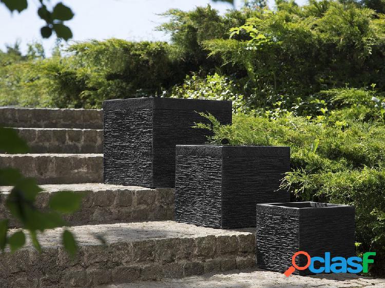 Vaso de flores preto - 30x30x28 cm - formato cúbico – paros