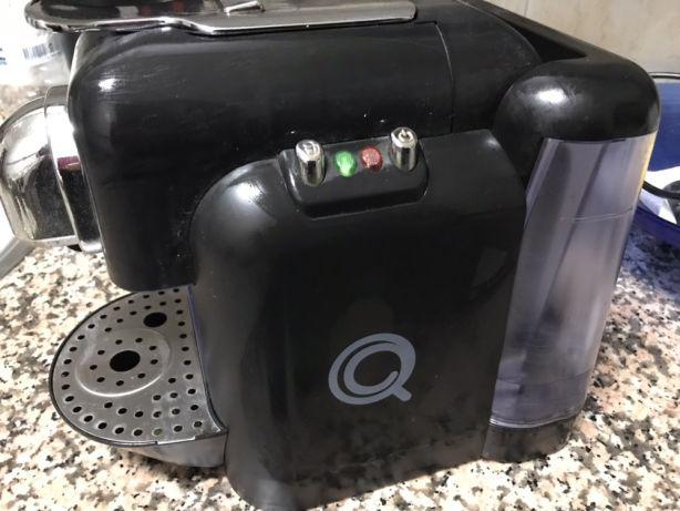 Máquina café delta q