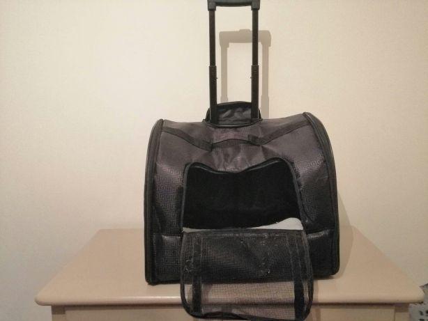 Transportadora de animais de porte pequeno ou médio