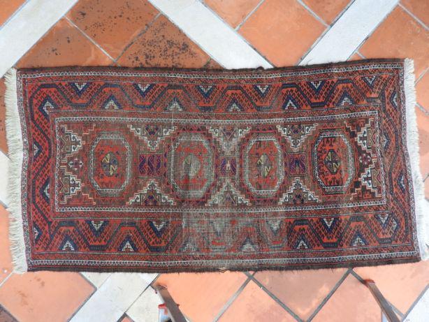 Lote de tapetes persas feito a mao, antigos