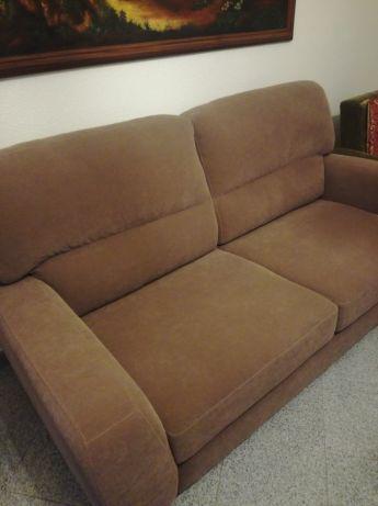 Vendo sofá como novo castanho tipo pele