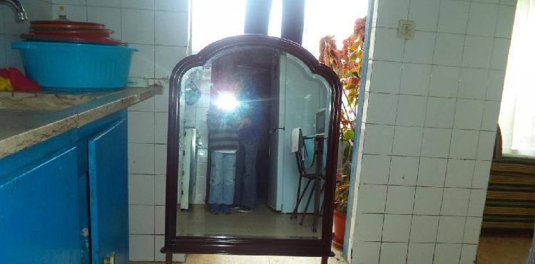 espelho mogno