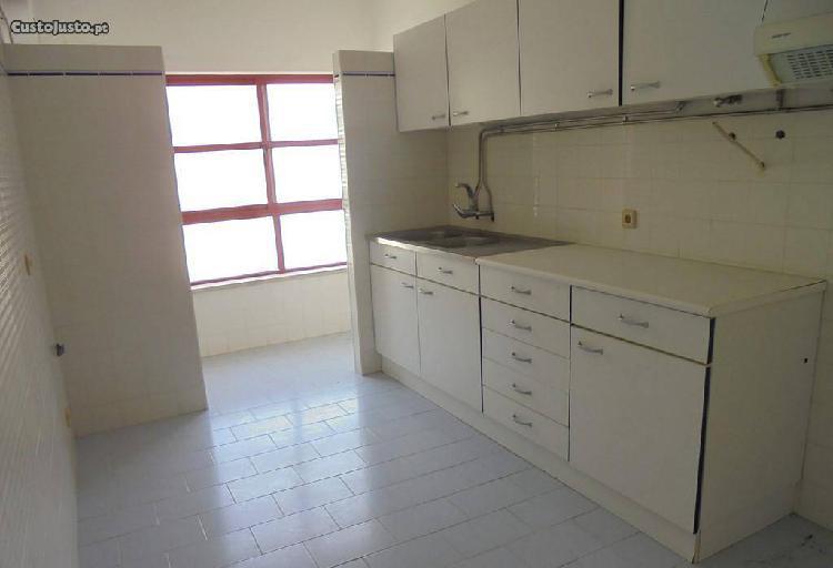 Apartamento T2 em Vila verde (V336PL)
