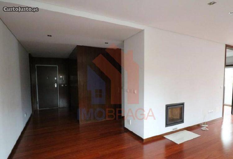 Apartamento T3 Em Maximinos, Braga