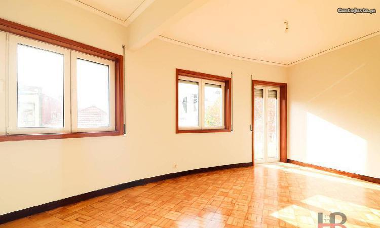 Apartamento T3 em Cedofeita, Santo Ildefonso,...