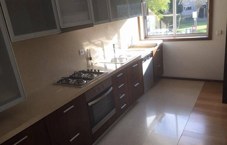 T3 cozinha equipada, Nogueiró