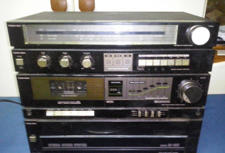 Radio cassete gira-discos