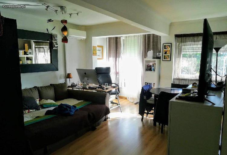 Apartamento T2 68,00 m2