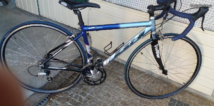 Bicicleta de estrada(corrida).