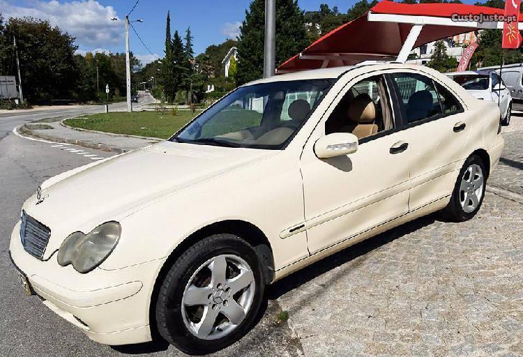 Mercedes-Benz C 200 CDI 2200 cc 5L - 03