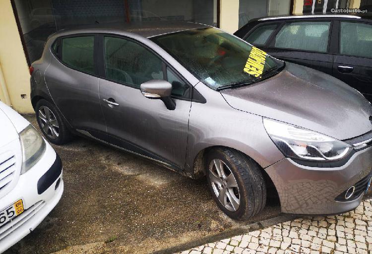 Renault Clio 1.5dci 90cv GPS - 15