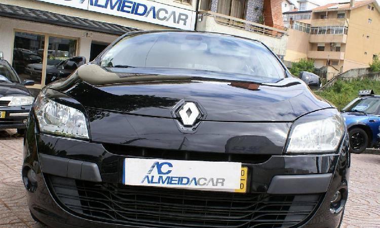 Renault Mégane Sport T. 1.5 DCi GPS - 10
