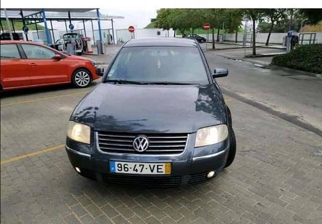 VW Passat 1.900 - 03