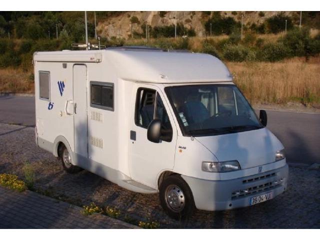 Auto-Caravana FIAT 2800 Em Bom Estado