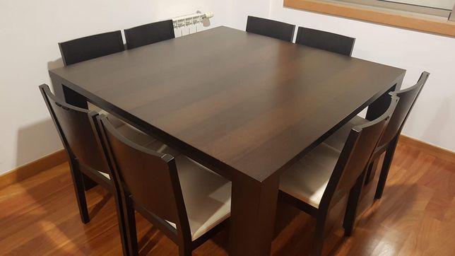 Mesa jantar quadrada da area