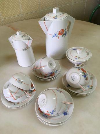 Serviço de café em porcelana da vista alegre (1924 a 1947)