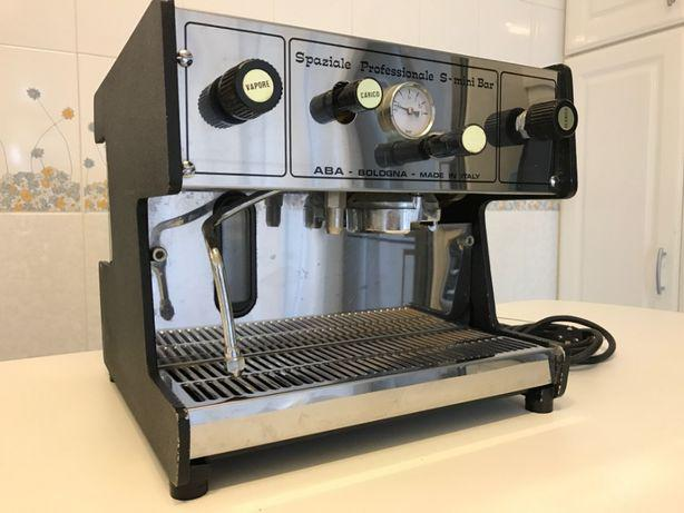 Máquina café spaziale pro e moinho café bravo