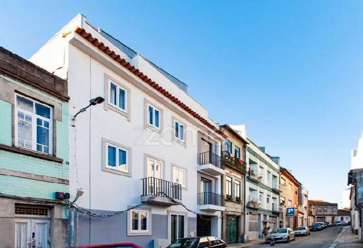 Apartamento t1 'novo' no centro histórico de...