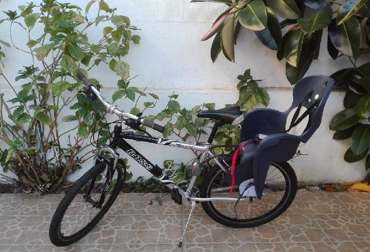 Bicicleta de passeio c/ cadeirinha criança