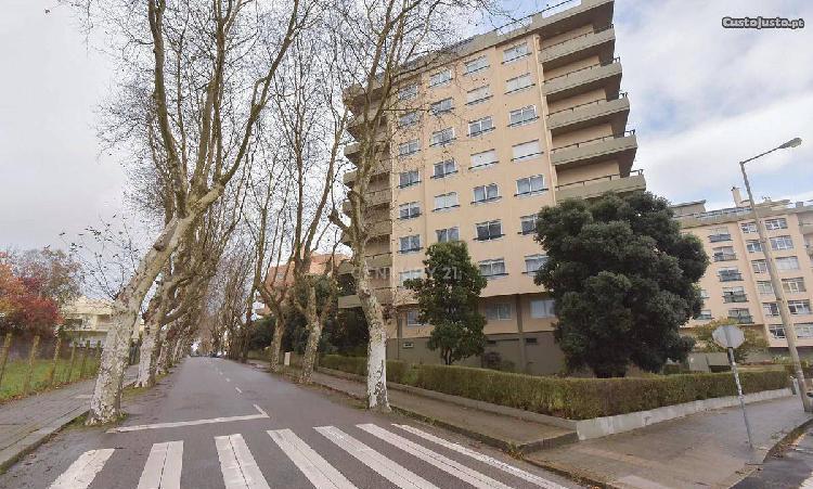 Apartamento t2 87,00 m2