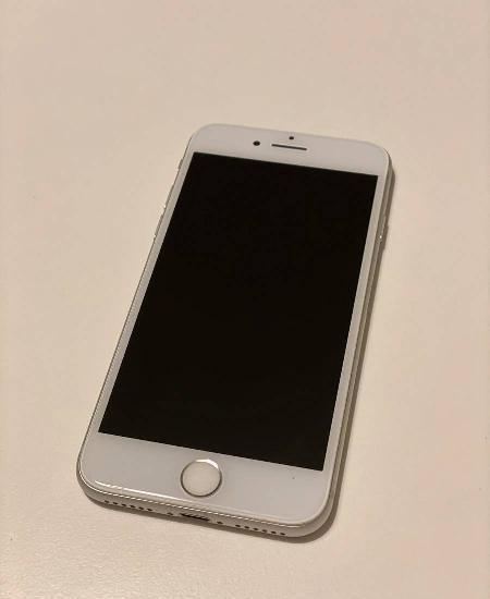 Iphone 8 - 12 meses garantia