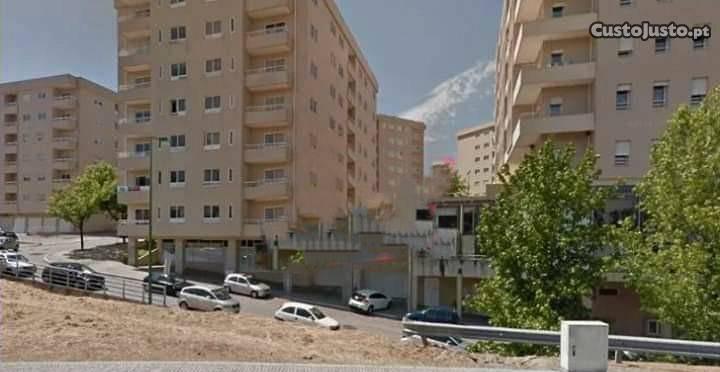 Apartamento t2 com terraço junto av.da república