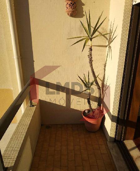 Apartamento t2 em mafamude e vilar do...