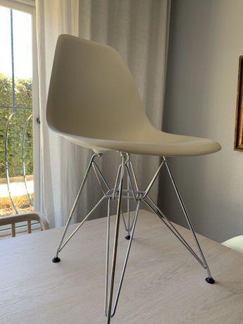 4 cadeiras dsr by vitra charles & eames