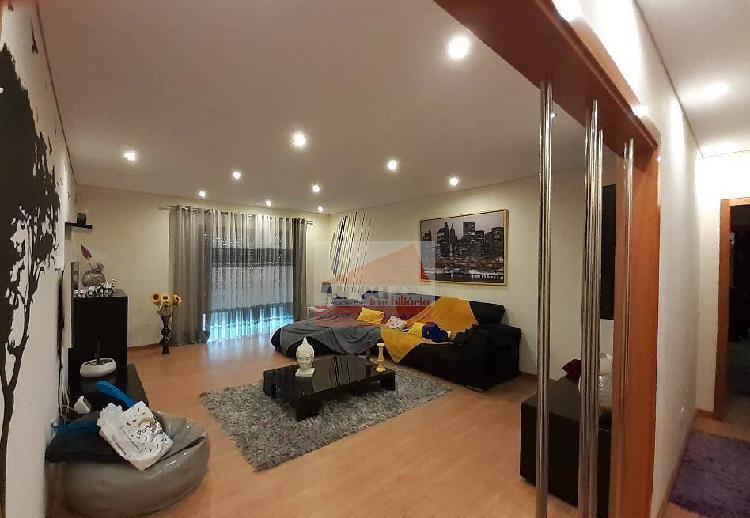 Apartamento t3 em oliveira de azemeis