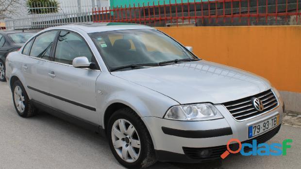 VW Passat 1.9 TDI 130cv highline 3500€