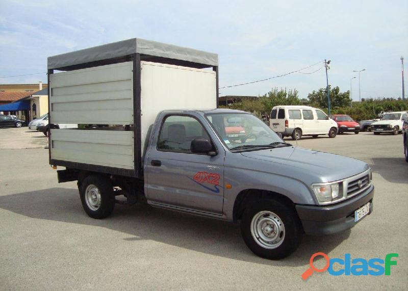 Toyota hilux transporte animais 3600€