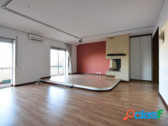 Arrendamento - apartamento - t2