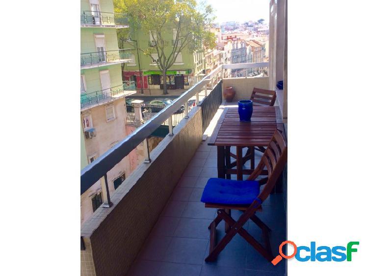 Apartamento T2 Arrendamento Lisboa 2