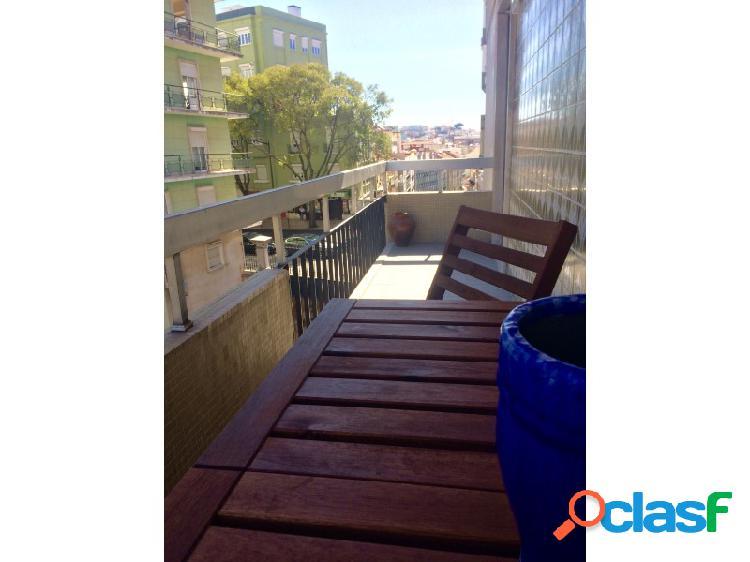 Apartamento T2 Arrendamento Lisboa 3